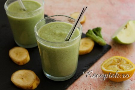 Brokkolis smoothie recept